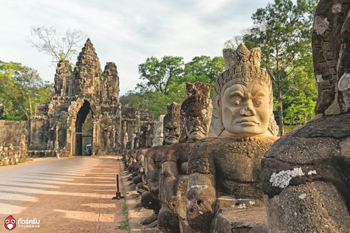 Cambodia_Angkor_wat_04.jpg